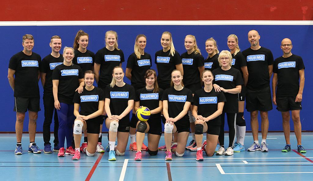 Jymy Volley joukkuekuva 2018-19 - NURMO -paidat