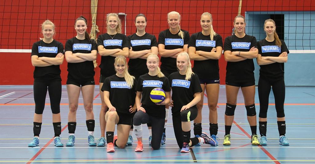 Jymy Volley joukkuekuva 2017-18 - NURMO -paidat