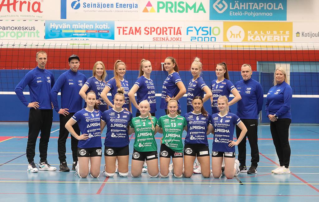 JymyVolley joukkuekuva 2021-22